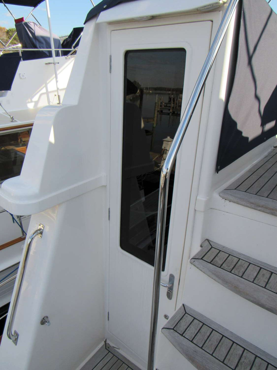 Grand Banks 47 Aft Door Layout
